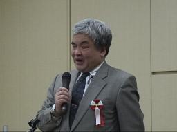 神崎先生の写真